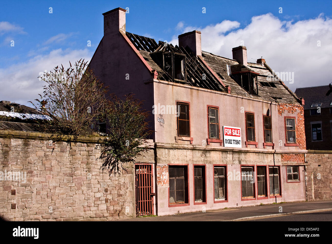 Derelict building along Brook Street once was a Flax/Jute Mill and part of Queen Victoria Works built around 1834 in Dundee, UK - Stock Image