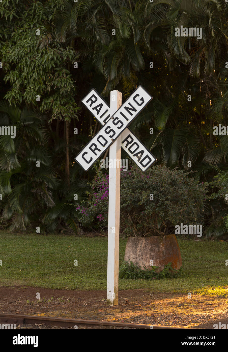 Traditional railroad crossing sign, USA - Stock Image