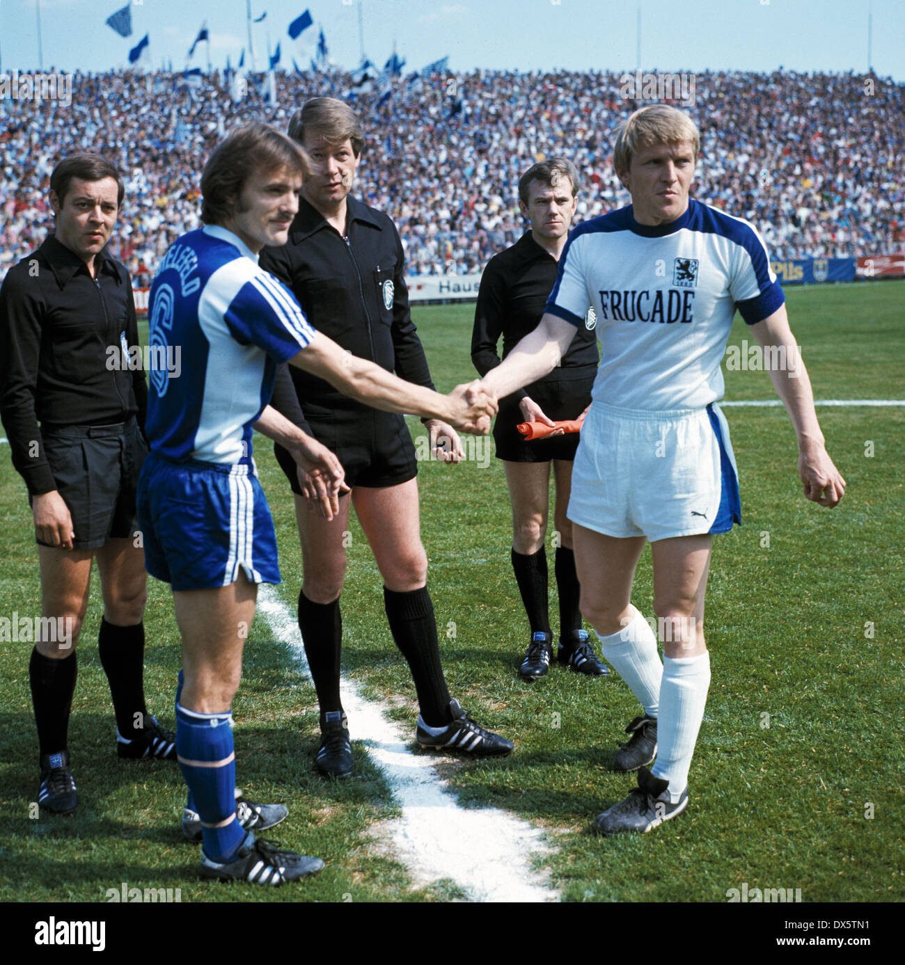 Football 2 Bundesliga Nord 2 Bundesliga Sued 1976 1977 Stock
