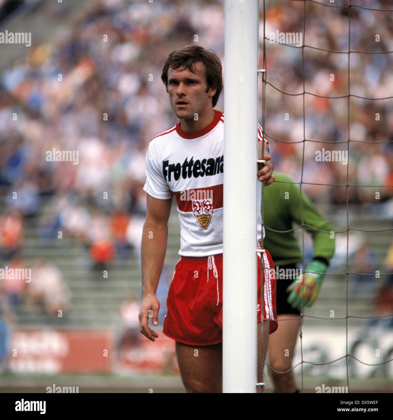 football, Bundesliga, 1977/1978, Parkstadion, FC Schalke 04 versus VfB Stuttgart 3:1, scene of the match, Helmut Dietterle (VfB) - Stock Image