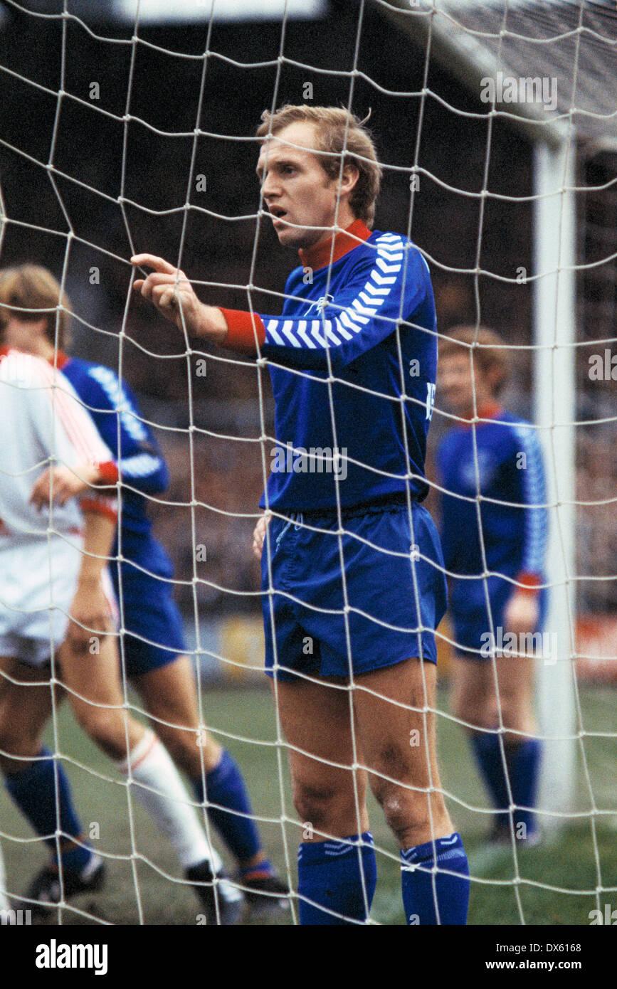 football, 2. Bundesliga Nord, 1978/1979, Grotenburg Stadium, Bayer 05 Uerdingen versus Bayer 04 Leverkusen 0:0, scene of the match, Jens Steffensen (Uerdingen) - Stock Image