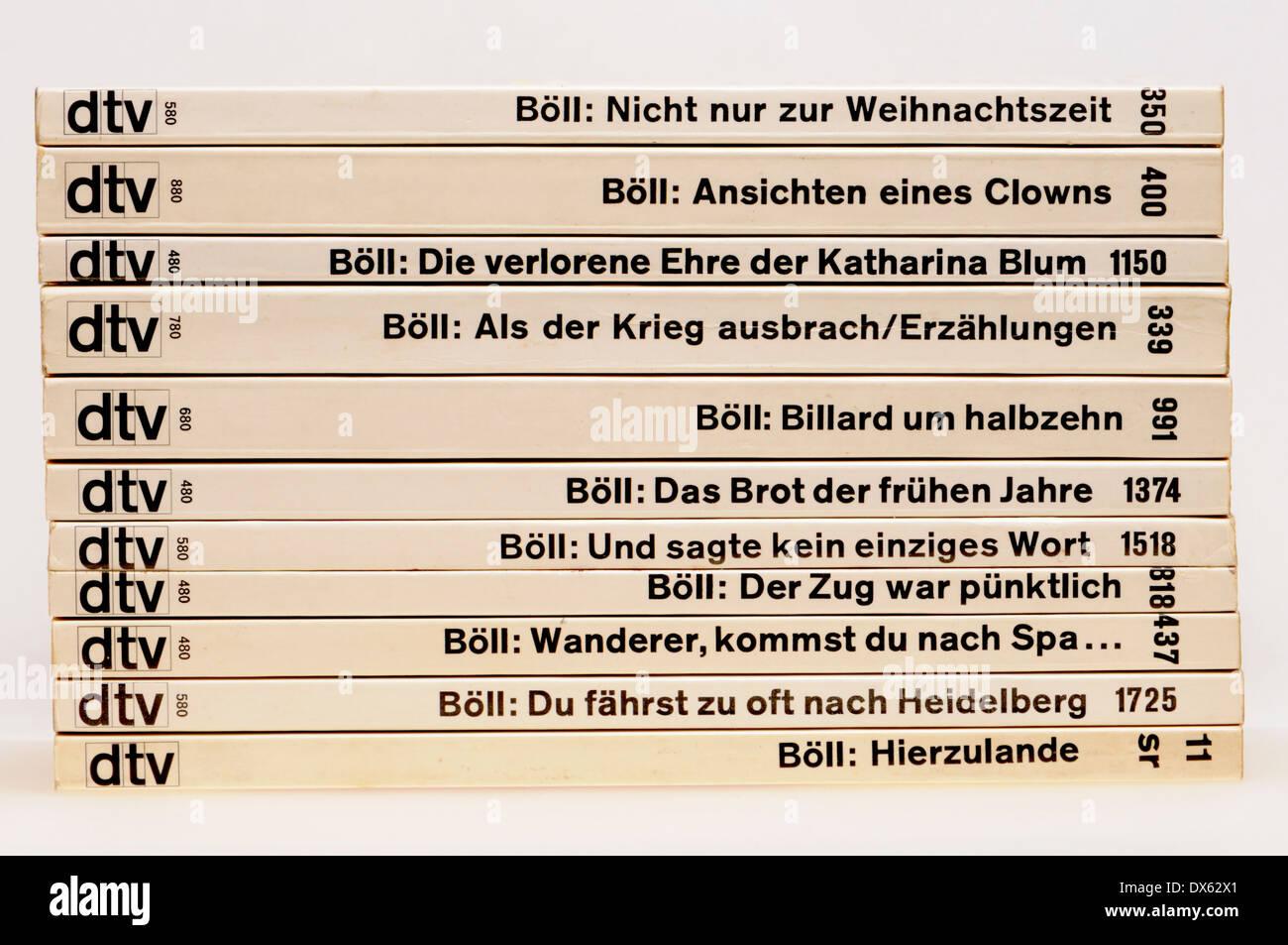 Heinrich Boll paperback novels in German - Stock Image