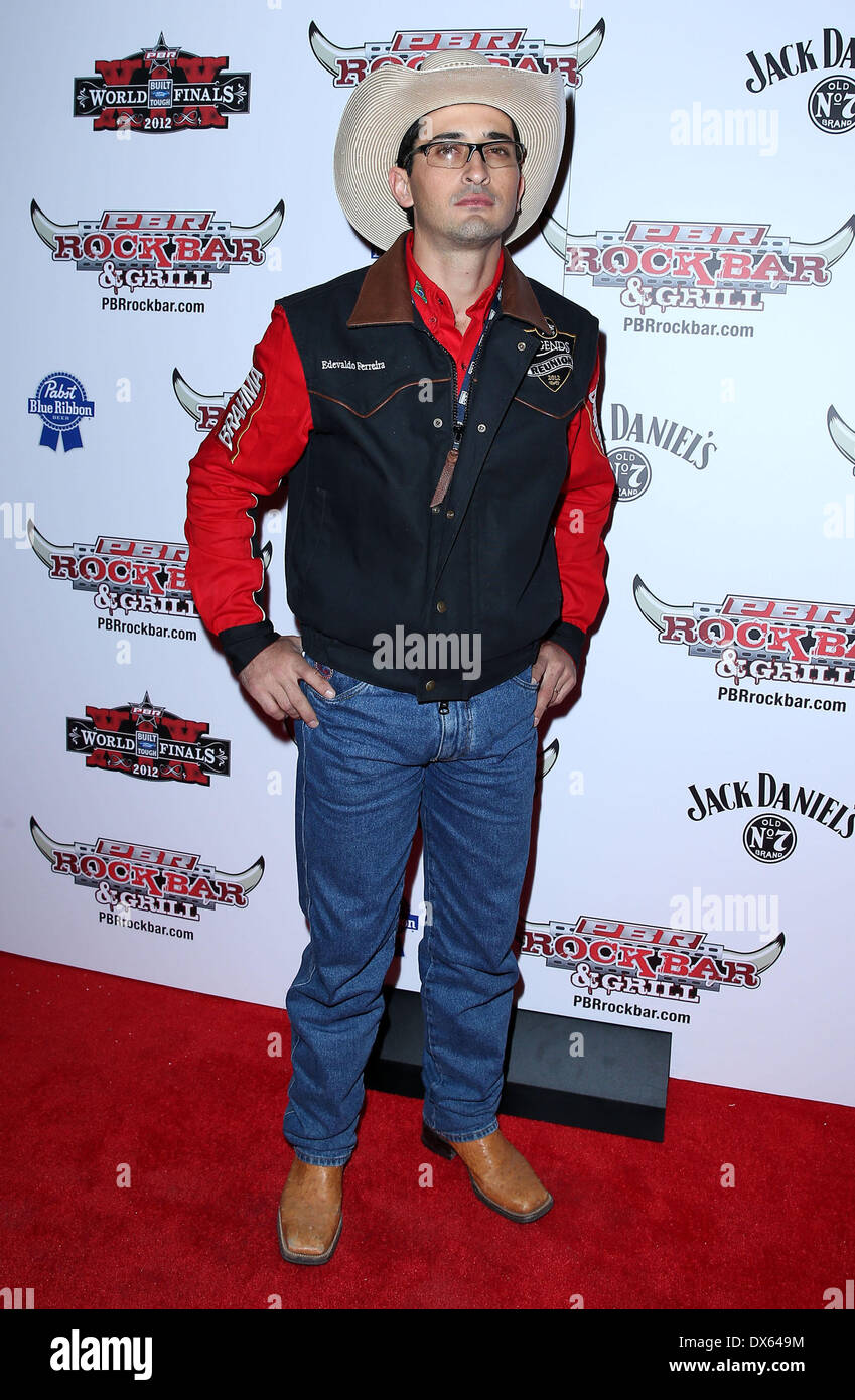 Edevaldo Ferrelra Professional Bull Rider Superstars walk the red carpet at PBR Rock Bar inside The Miracle Mile Stock Photo