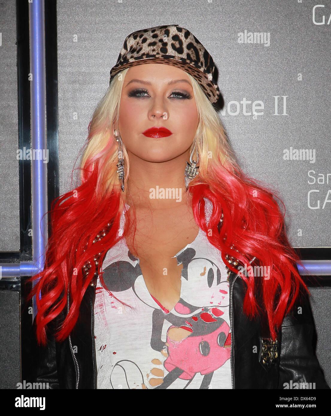 Watch 25. Christina Aguilera video
