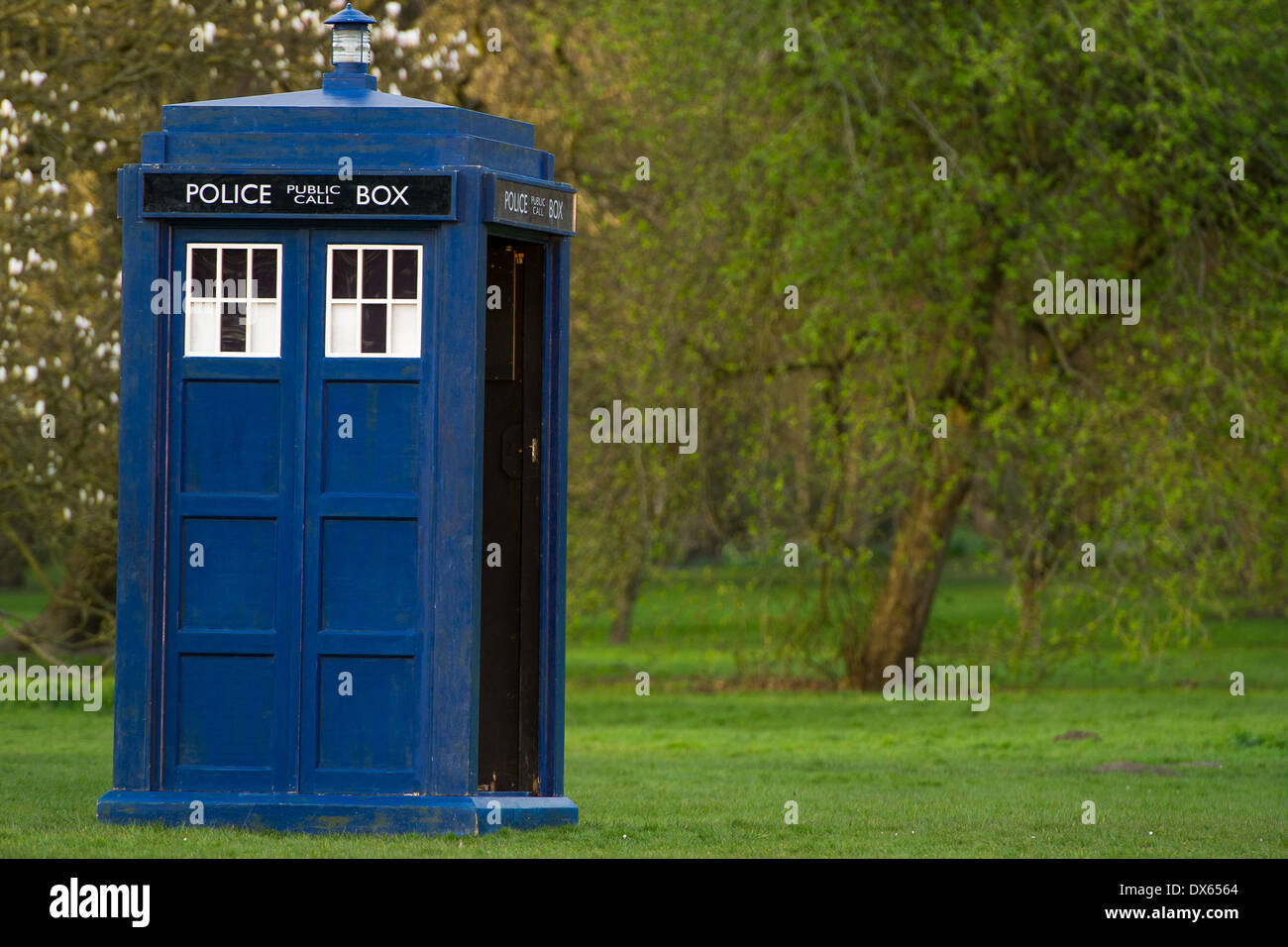 CARDIFF, UK. 18th March 2014. The cast of BBC Doctor Who are spotted filming in Bute Park in the city centre. Credit:  Polly Thomas / Alamy Live News - Stock Image