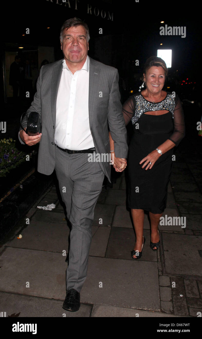 Sam Allardyce With His Wife Lynne Leaving The Daily Mirror Pride Of Stock Photo Alamy