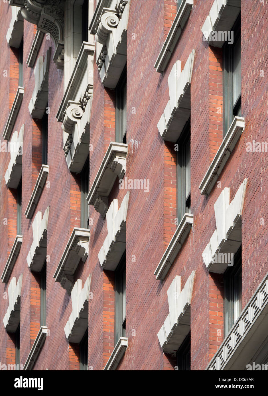 Detail of building facade, Fifth Avenue New York - Stock Image
