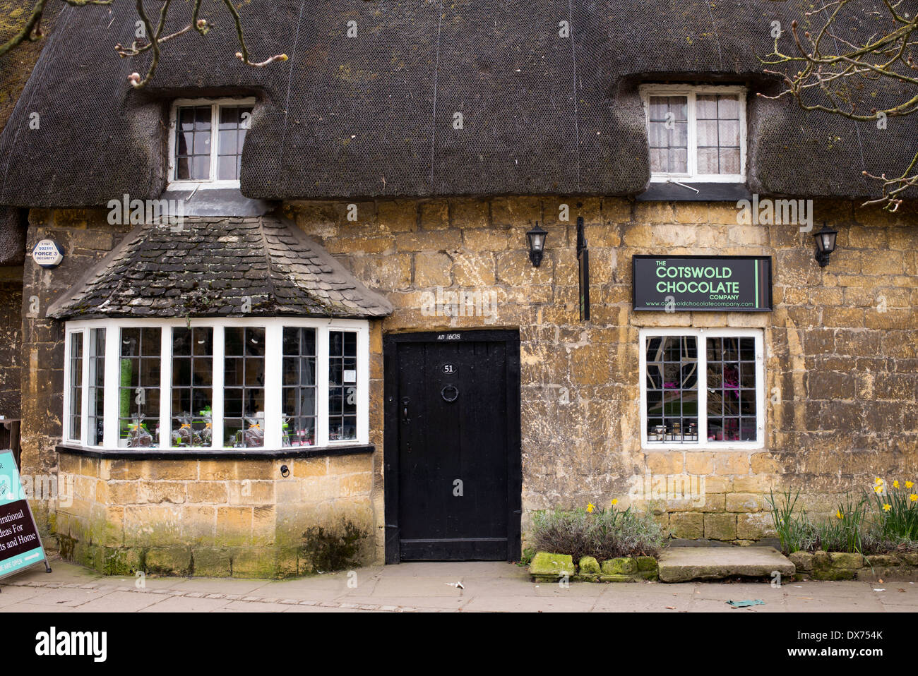 the cotswolds chocolate company shop broadway cotswolds stock photo 67769875 alamy. Black Bedroom Furniture Sets. Home Design Ideas