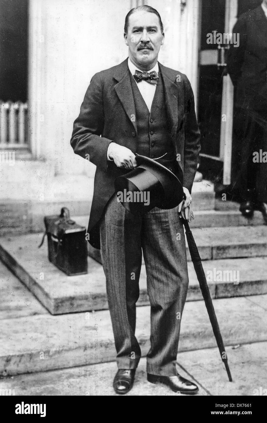 HOWARD CARTER (1874-1939) English archaeologist - Stock Image