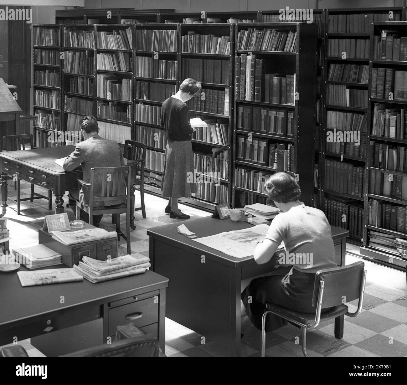 Newspaper office library Wolverhampton West Midlands 1957 Stock Photo