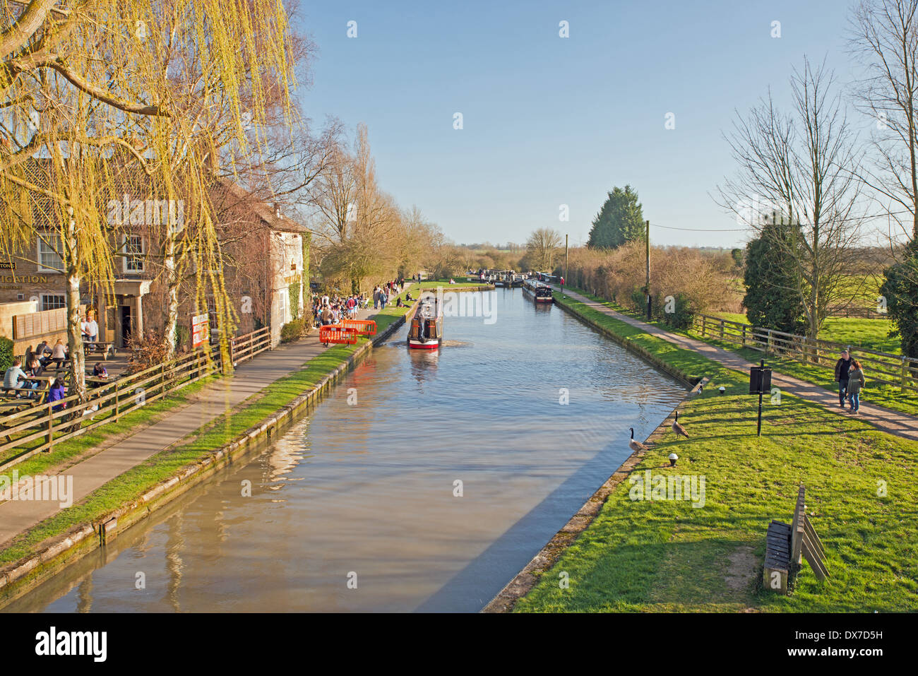 Narrow Boat on the Grand Union Canal at Stoke Bruerne Northamptonshire - Stock Image