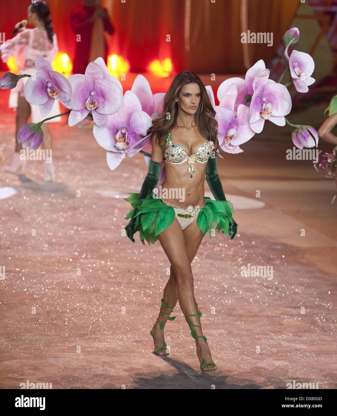 5008a3279e Alessandra Ambrosio at the Victoria Secret Fashion Show 2012 Lexington  Avenue Armory Featuring  Alessandra Ambrosio