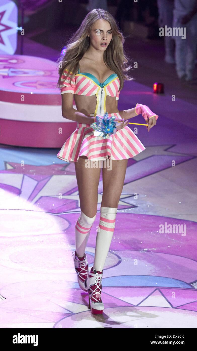 Cara Delevingne At The Victoria Secret Fashion Show 2012 Lexington