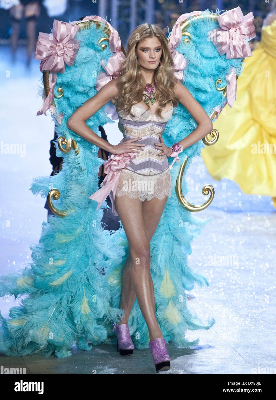 8b72e40fb3 Constance Jablonski at the Victoria Secret Fashion Show 2012 Lexington  Avenue Armory Featuring  Constance Jablonski