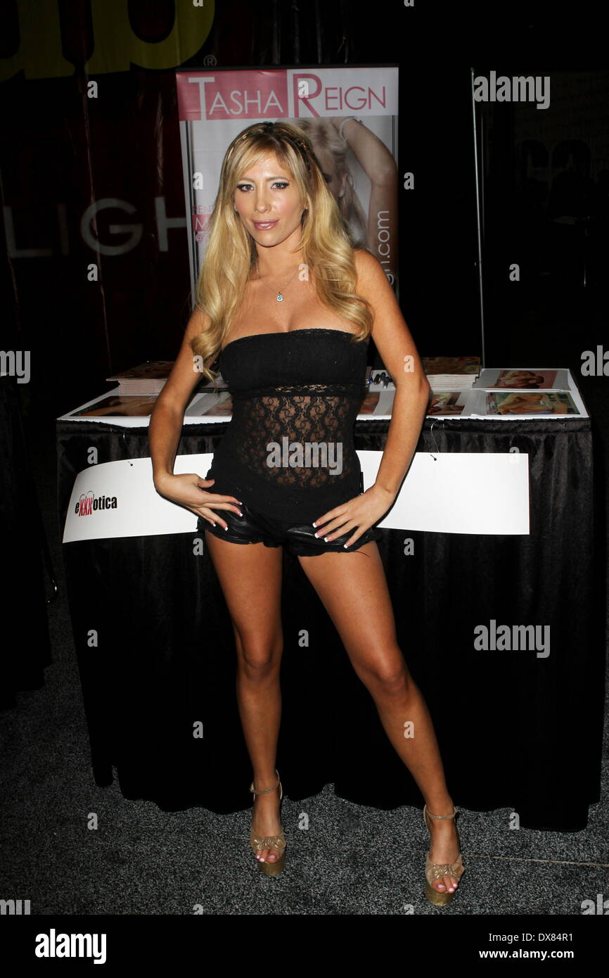 Tasha Reign Attends Exxxotica 2012 At The New Jersey Expo Center In Edison New Featuring