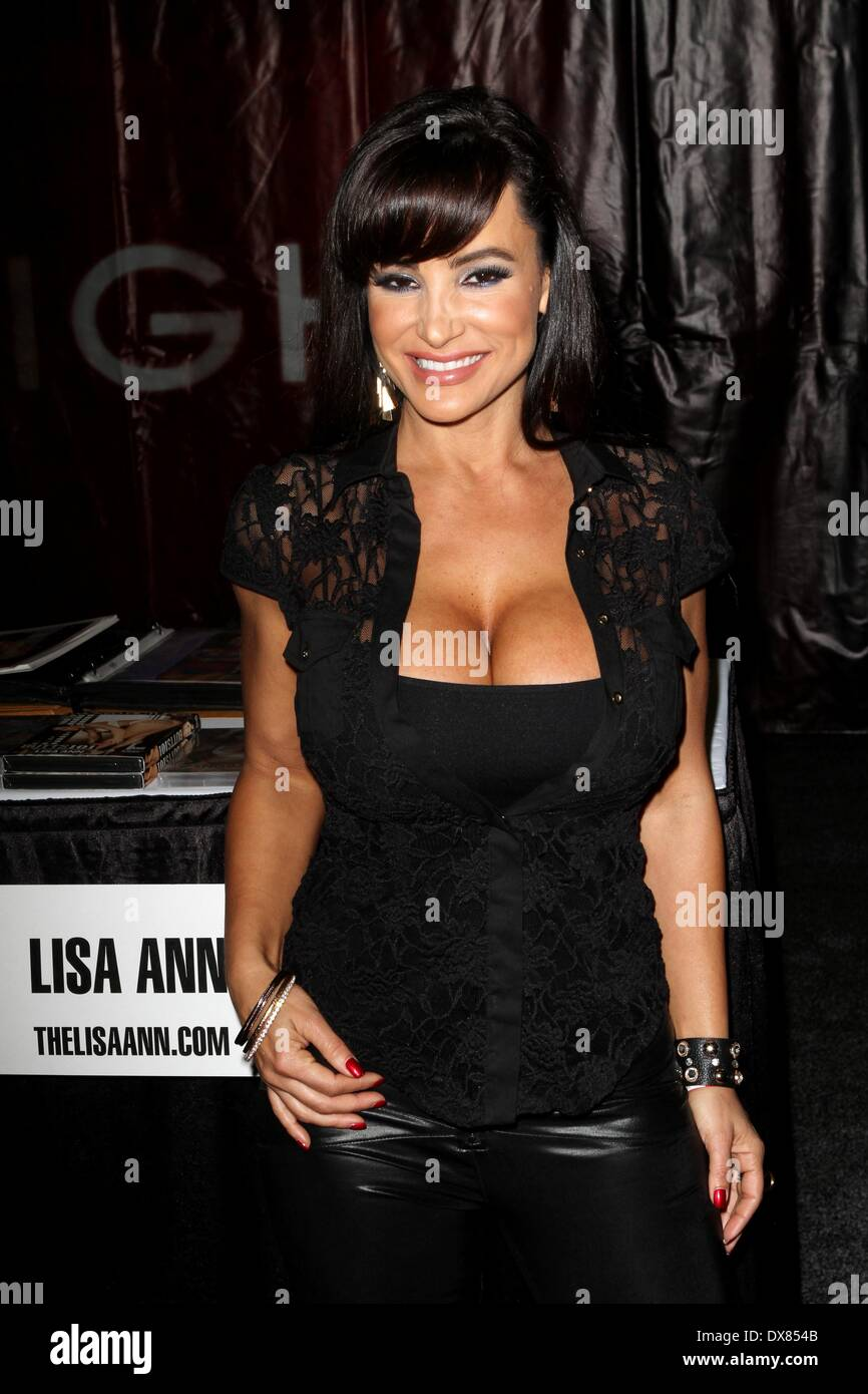 pictures Lisa Ann