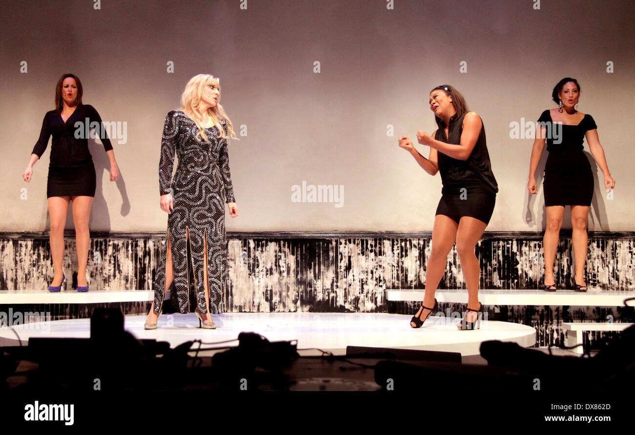 Nicole da Silva,Tiffany Clark Hot video Nicole Gale Anderson,Isabelle Blais