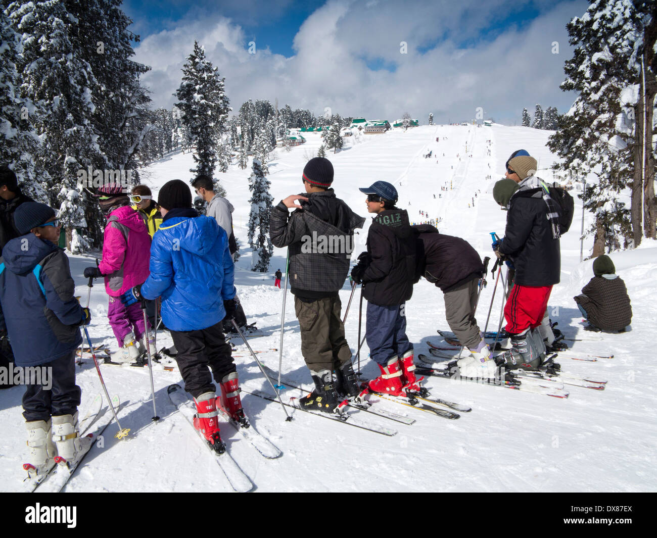 India, Kashmir, Gulmarg, Himalayan Ski Resort, nursery slopes after heavy snowfall - Stock Image