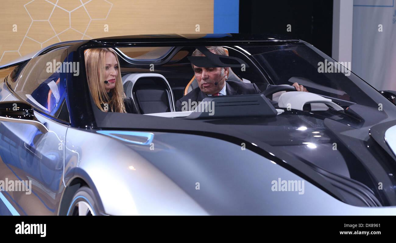 Uma Thurman with BMW of North America President & CEO Ludwig