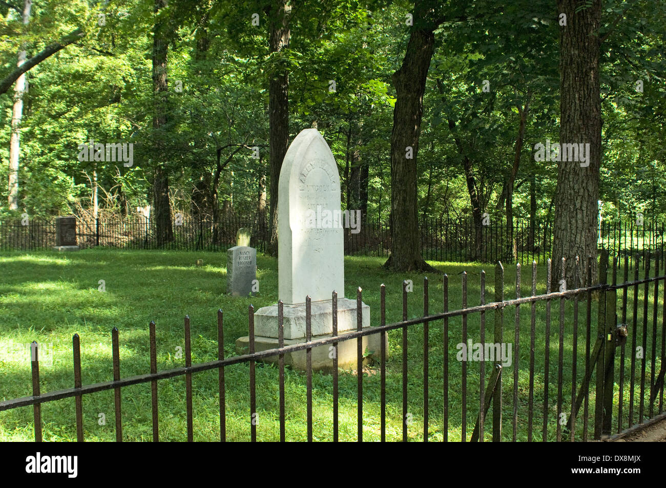 Grave of Nancy Hanks Lincoln, Lincoln Boyhood National Memorial, Indiana. Digital photograph - Stock Image