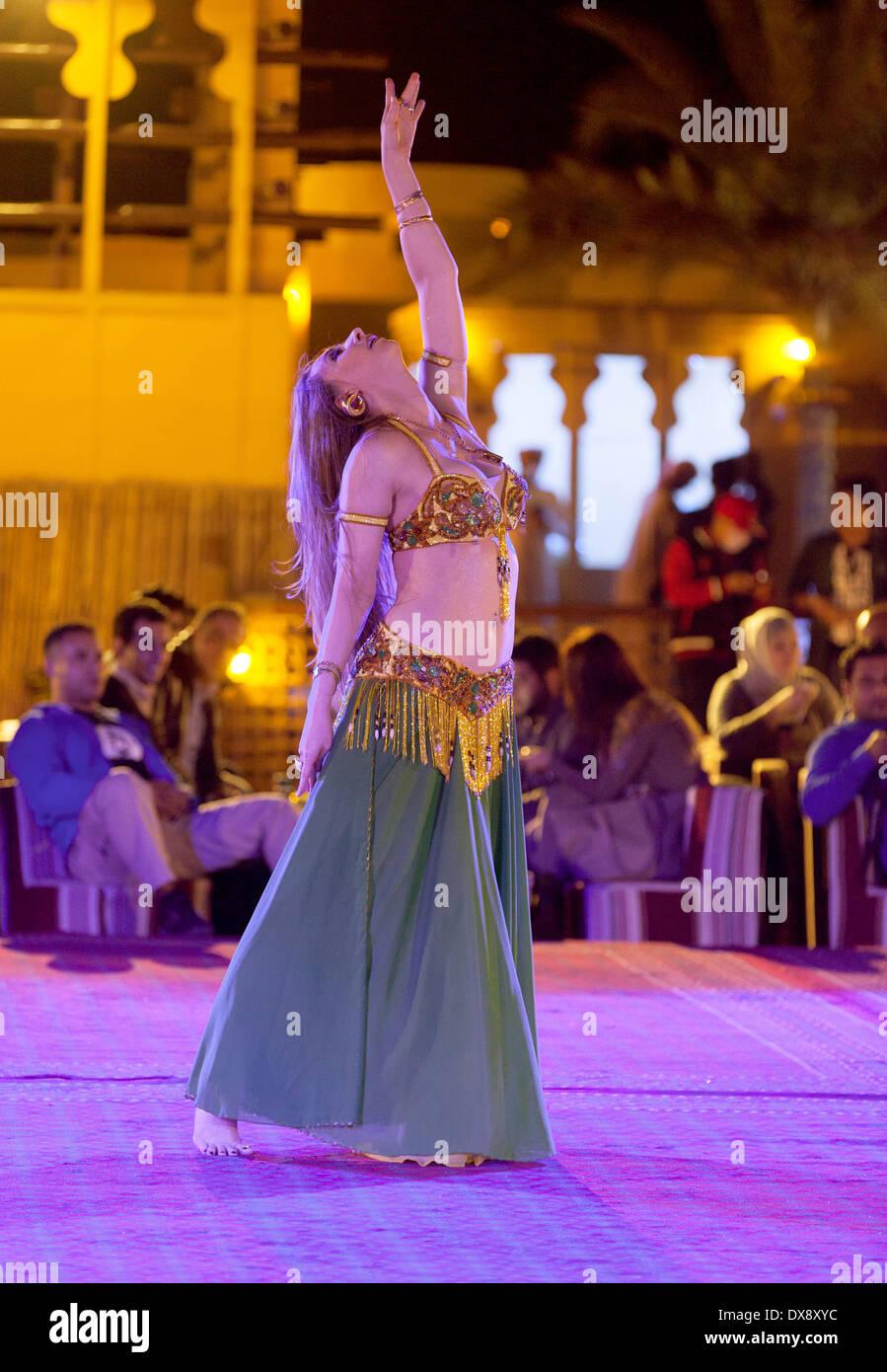 Belly Dancer Dubai Stock Photos Images Dancing Dance Desert Safari