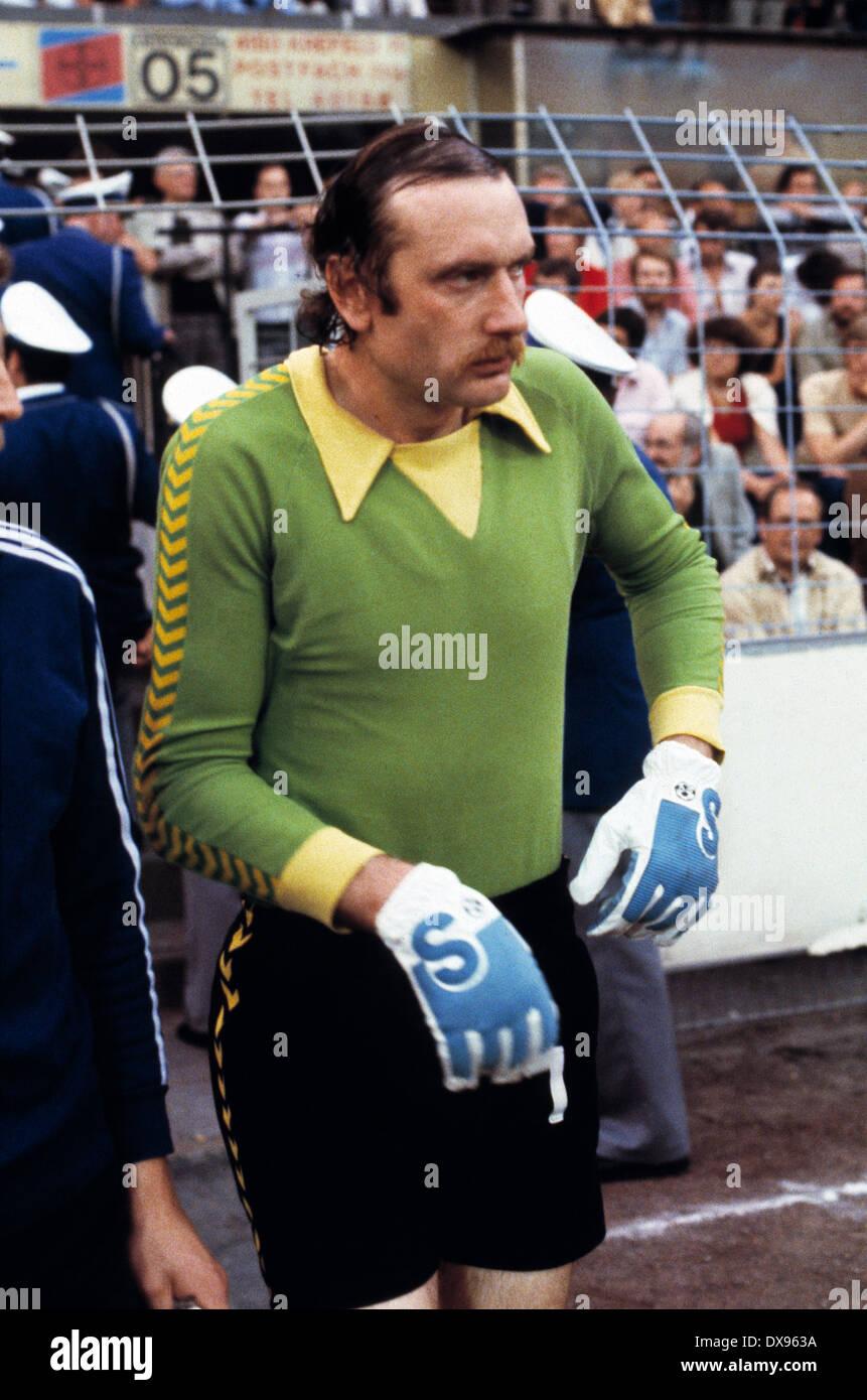 football, 2. Bundesliga Nord, 2. Bundesliga Sued, 1978/1979, relegation match to Bundesliga 1979/1980, return leg, Grotenburg Stadium in Krefeld, FC Bayer 05 Uerdingen versus SpVgg Bayreuth 2:1, running-in to the second half, keeper Manfred Kroke (Bayer) - Stock Image