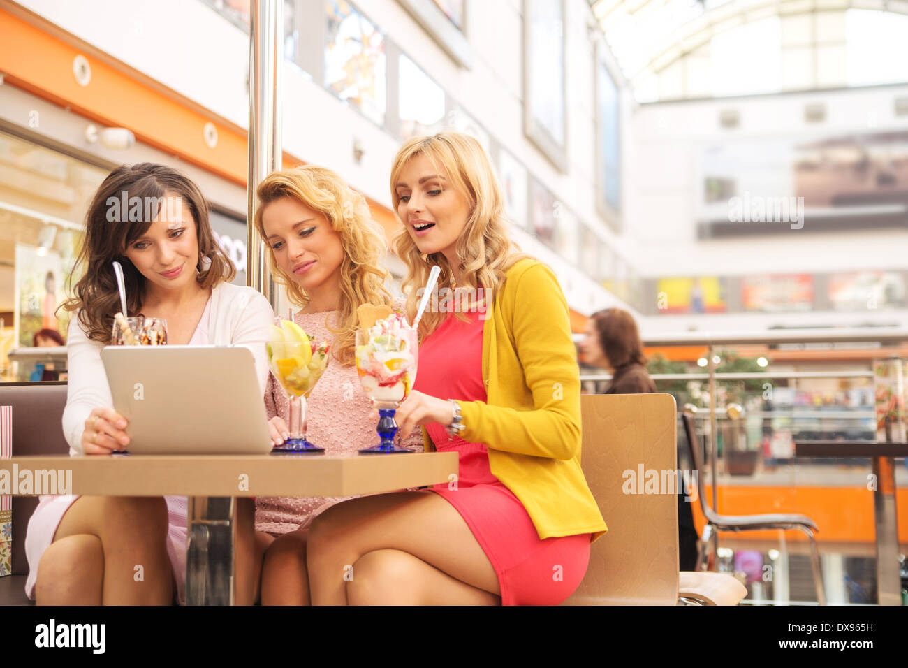 Short break during the shopping day - Stock Image