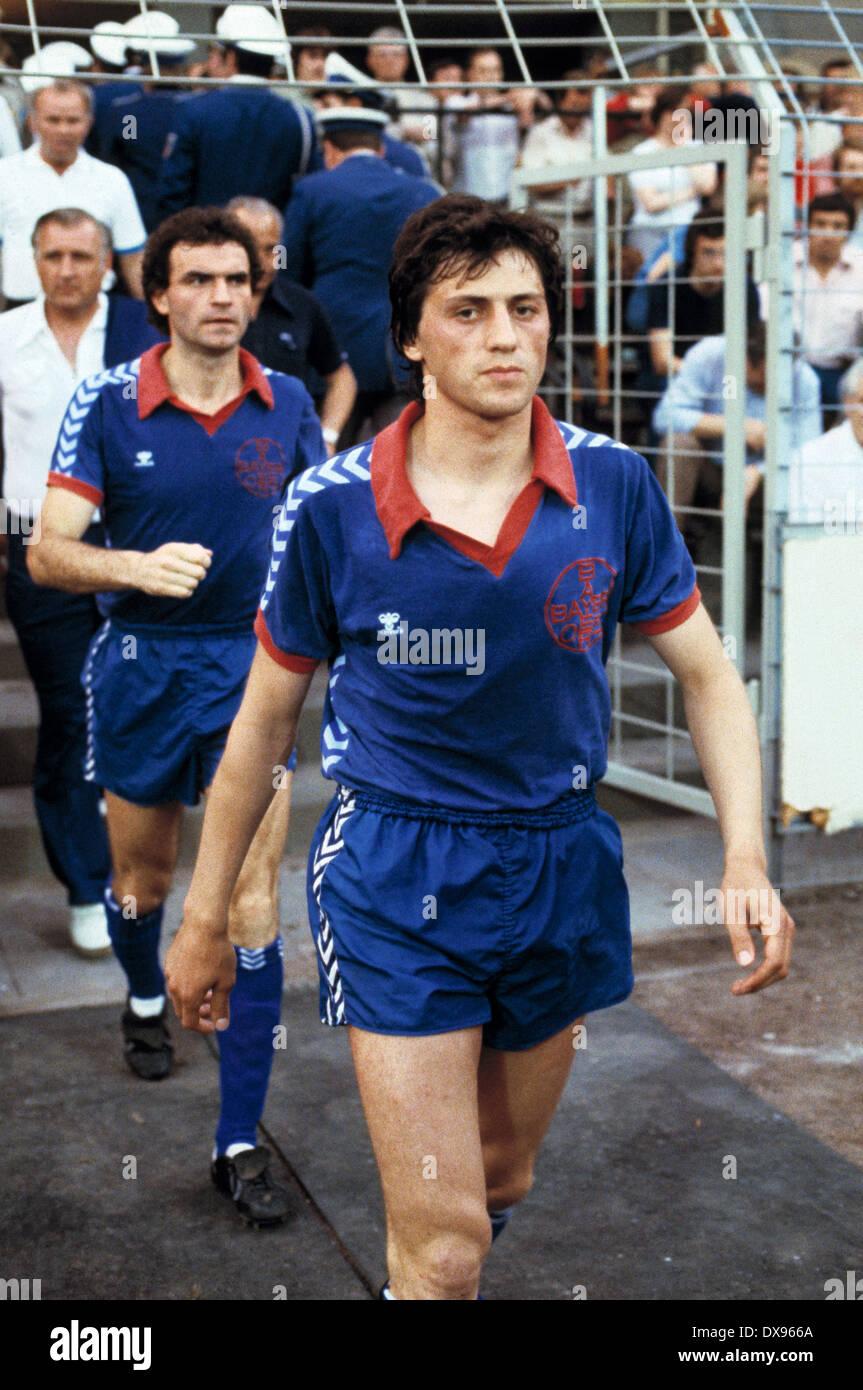 football, 2. Bundesliga Nord, 2. Bundesliga Sued, 1978/1979, relegation match to Bundesliga 1979/1980, return leg, Grotenburg Stadium in Krefeld, FC Bayer 05 Uerdingen versus SpVgg Bayreuth 2:1, running-in to the second half, Franz Raschid (Bayer), behind - Stock Image