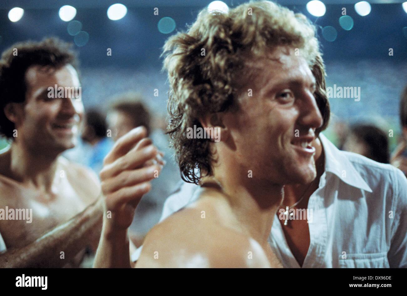 football, 2. Bundesliga Nord, 2. Bundesliga Sued, 1978/1979, relegation match to Bundesliga 1979/1980, return leg, Grotenburg Stadium in Krefeld, FC Bayer 05 Uerdingen versus SpVgg Bayreuth 2:1, promotion celebration Bayer, Hans-Peter Mentzel - Stock Image