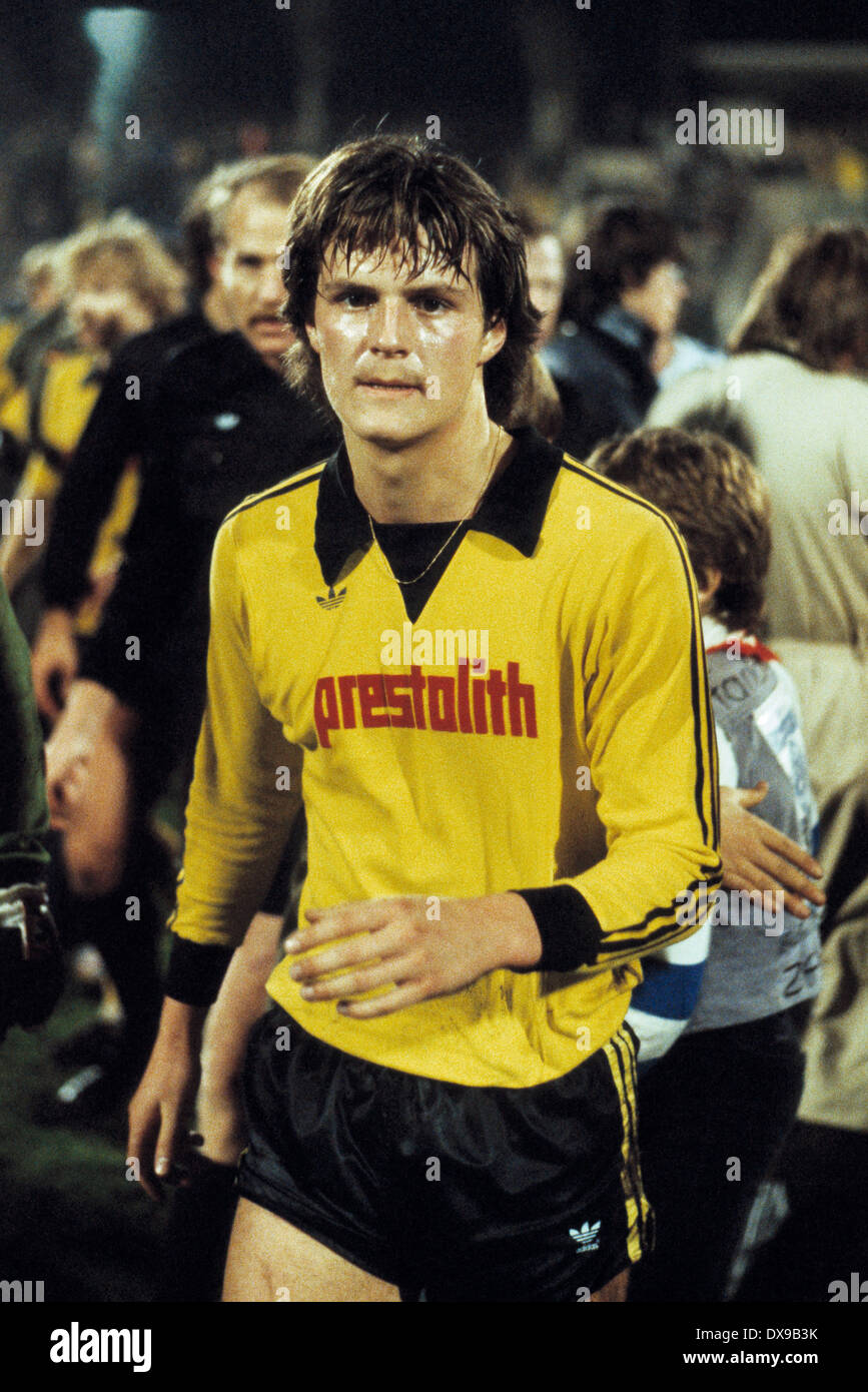 football, Bundesliga, 1979/1980, Wedau Stadium, MSV Duisburg versus Borussia Dortmund 1:0, end of the game, leaving, Theo Schneider (BVB) - Stock Image