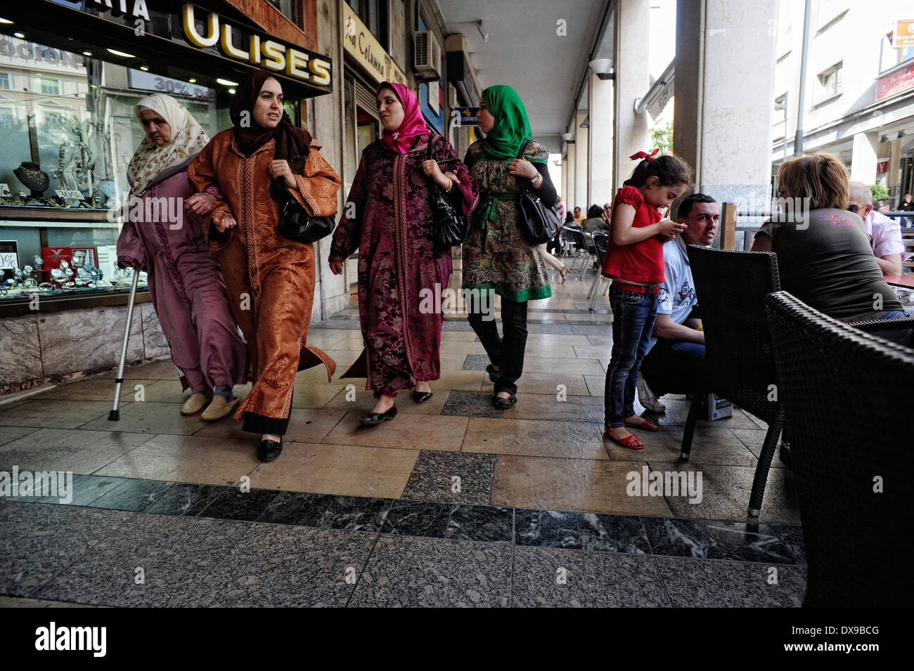 Muslim and Christian families in Camoens Real street. Ceuta ,Spain.North Africa.  ( Photo by Jordi Cami ) - Stock Image