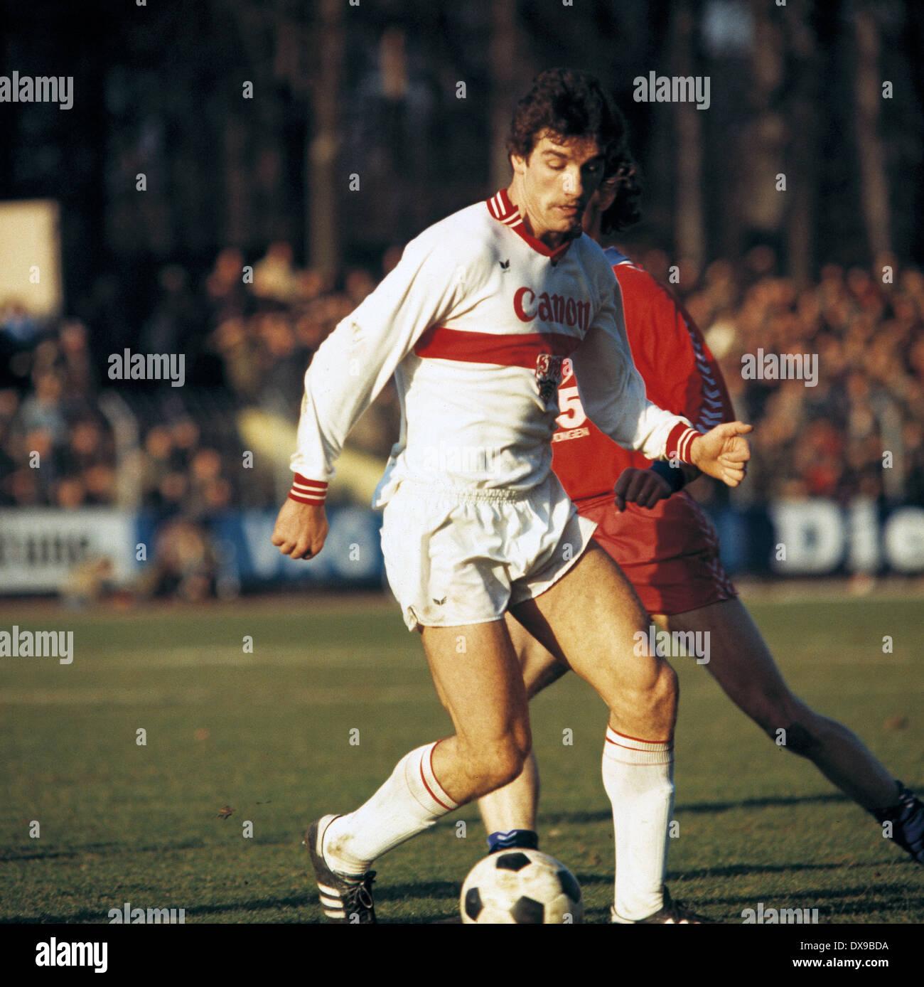 football, Bundesliga, 1979/1980, Grotenburg Stadium, FC Bayer 05 Uerdingen versus VfB Stuttgart 4:2, scene of the match, Bernd Klotz (Stuttgart) in ball possession - Stock Image