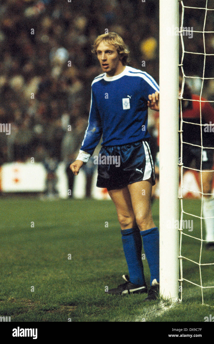 football, UEFA Cup, Europa League, 1979/1980, semifinal, return leg, Stadium am Boekelberg, Borussia Moenchengladbach versus VfB Stuttgart 2:0, scene of the match, Ralf Boedeker (MG) - Stock Image