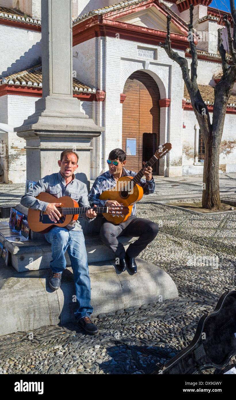 Gipsy Flamenco street musicians in Granada - Stock Image