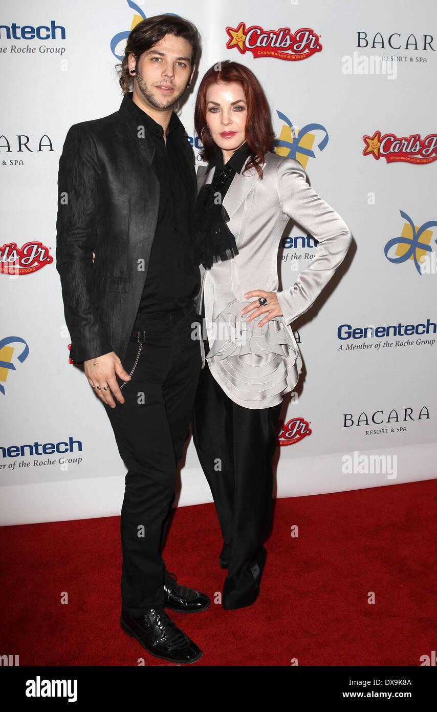Priscilla Presley With Son Navarone Garibaldi The Dream