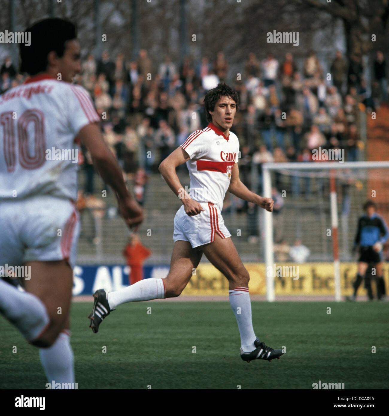 football, Bundesliga, 1980/1981, Rhine Stadium, Fortuna Duesseldorf versus VfB Stuttgart 3:1, scene of the match, Alexander Szatmari (Stuttgart), left Hans Mueller (Stuttgart) - Stock Image