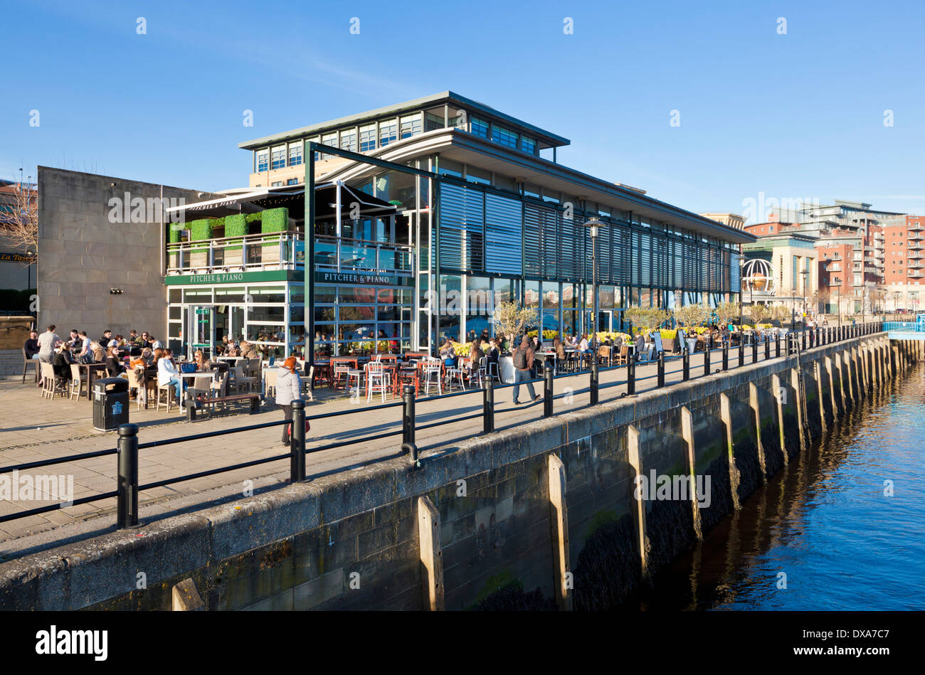 the pitcher and piano bar and restaurant on the quayside newcastle stock photo 67837511 alamy. Black Bedroom Furniture Sets. Home Design Ideas