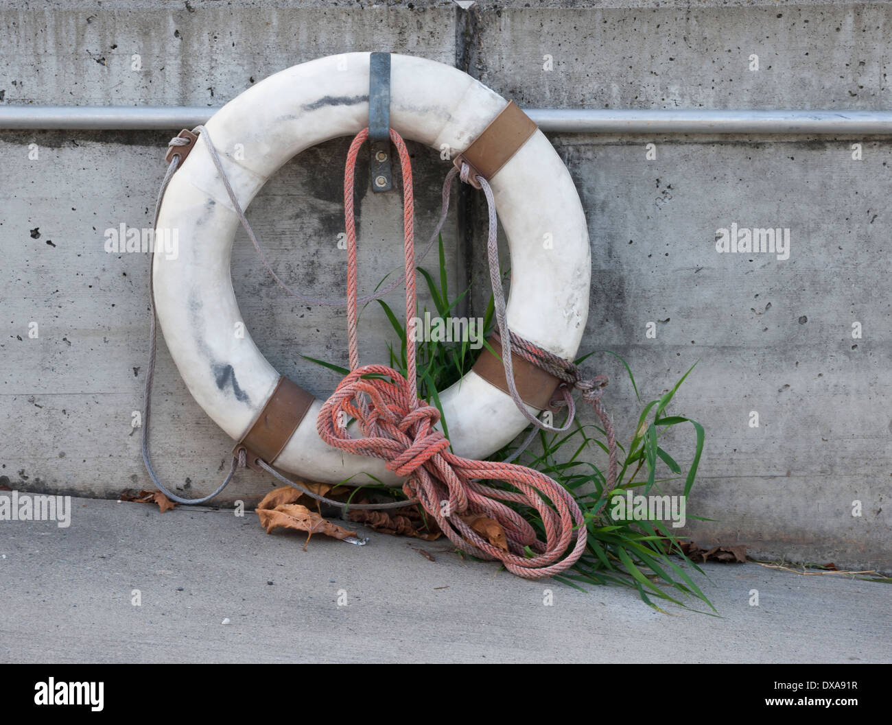 Old, roten life-saver - Stock Image