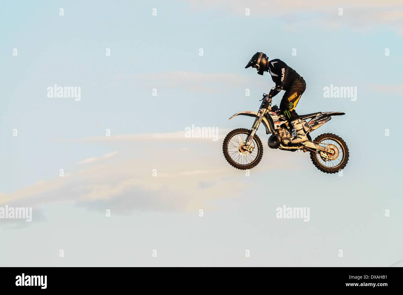 dirt bike backgrounds.html