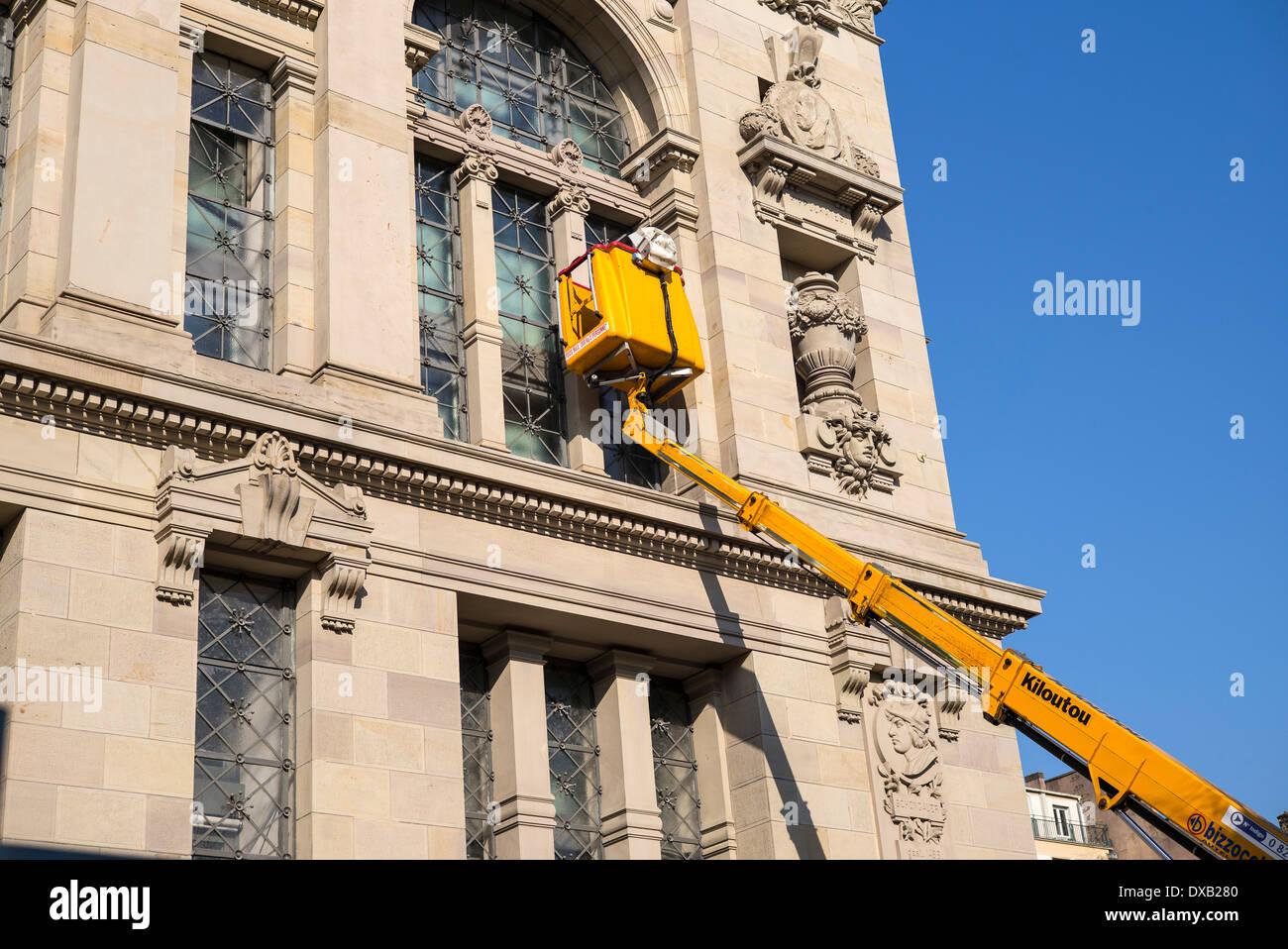 Kiloutou Rue De Rome en ce qui concerne bnu stock photos & bnu stock images - alamy