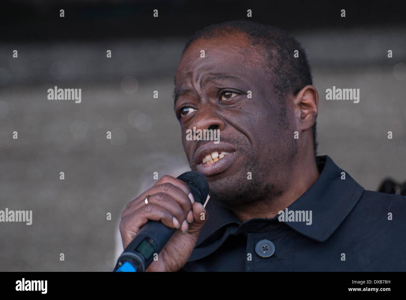 London, UK. 22nd March 2014. Unite Against Fascism Joint secretary Weyman Bennett addresses the Anti-Racism rally in London's Trafalgar Square. Credit:  Peter Manning/Alamy Live News - Stock Image