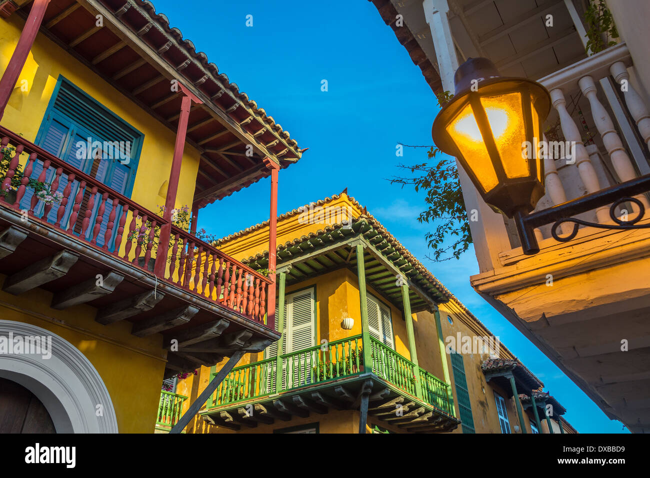 Street corner in Cartagena, Colombia where three old colonial balconies converge - Stock Image