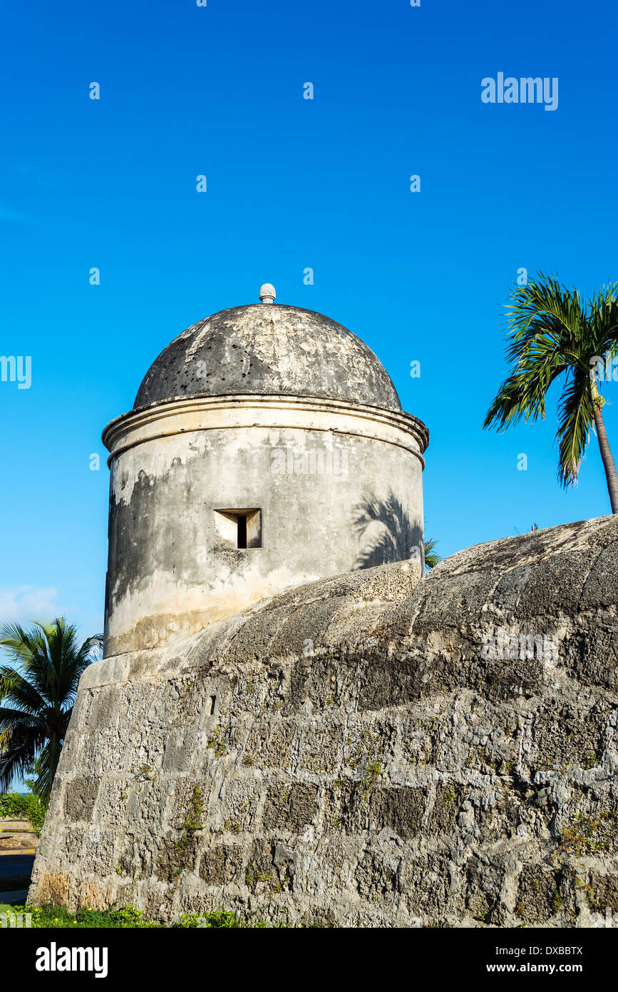Part of the defensive wall that surrounds the colonial historic center of Cartagena, Colombia - Stock Image