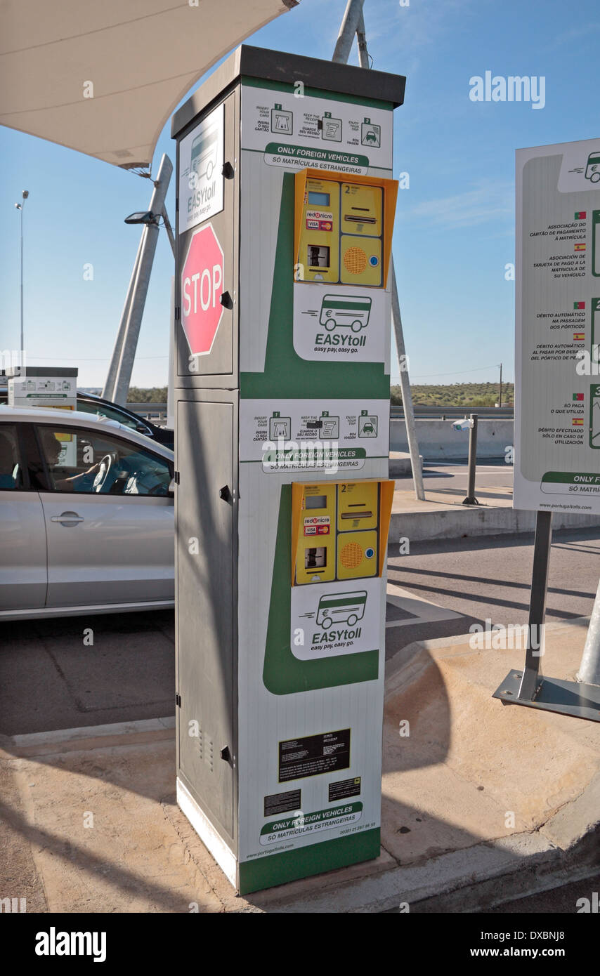 Credit card driver-side payment machine at an Electronic Toll point on the A22 motorway in southern Portugal (Algave). - Stock Image