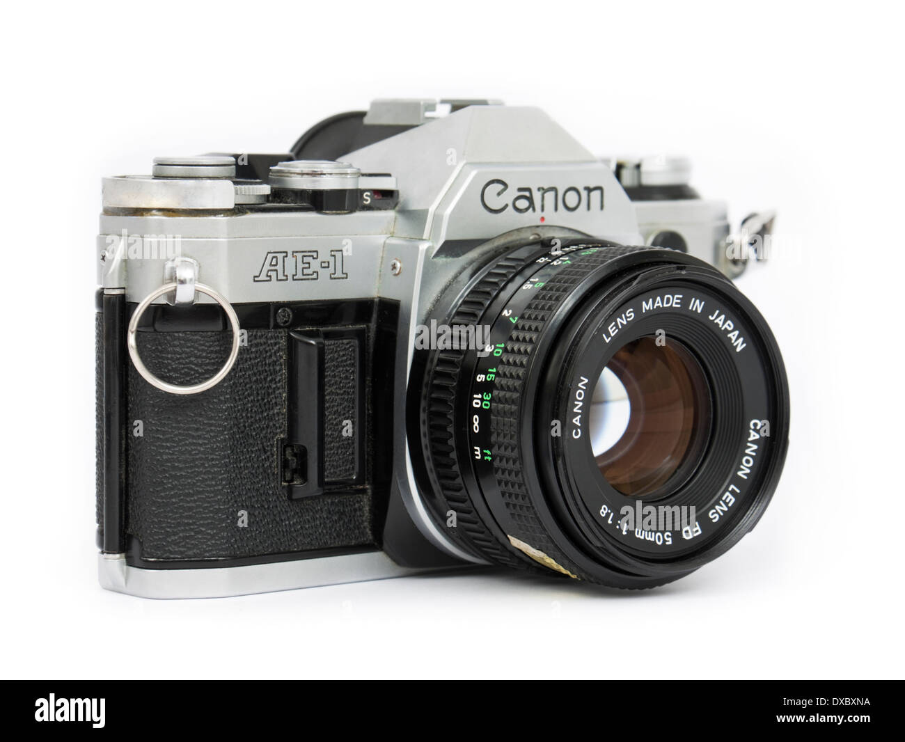 1970 s canon ae 1 vintage 35mm slr film camera with fd 50mm f 1 8 rh alamy com Canon Cameras Digital Manuals G9x Canon Digital Camera Cases