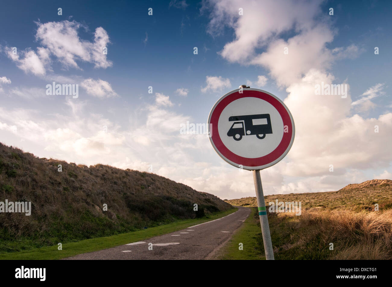 motorhomes permitted sign - Stock Image