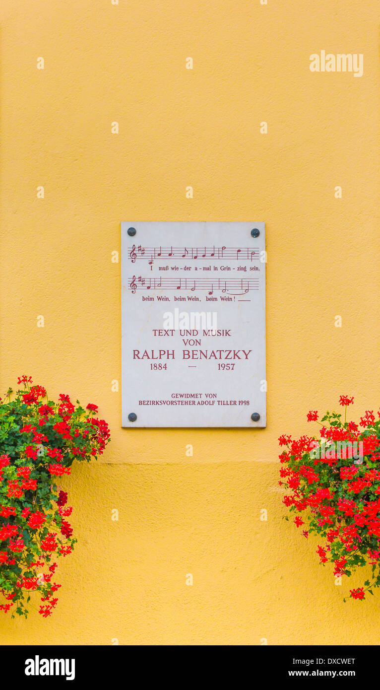 memorial plaque in honor of composer ralph benatzky with the notes and a verse of a song - Stock Image