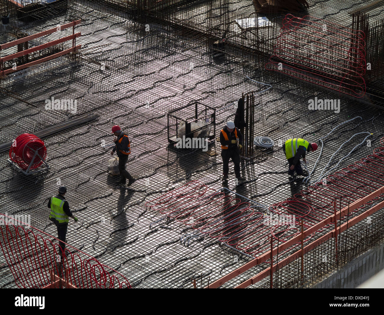 Construction workers on a city centre construction site - Stock Image