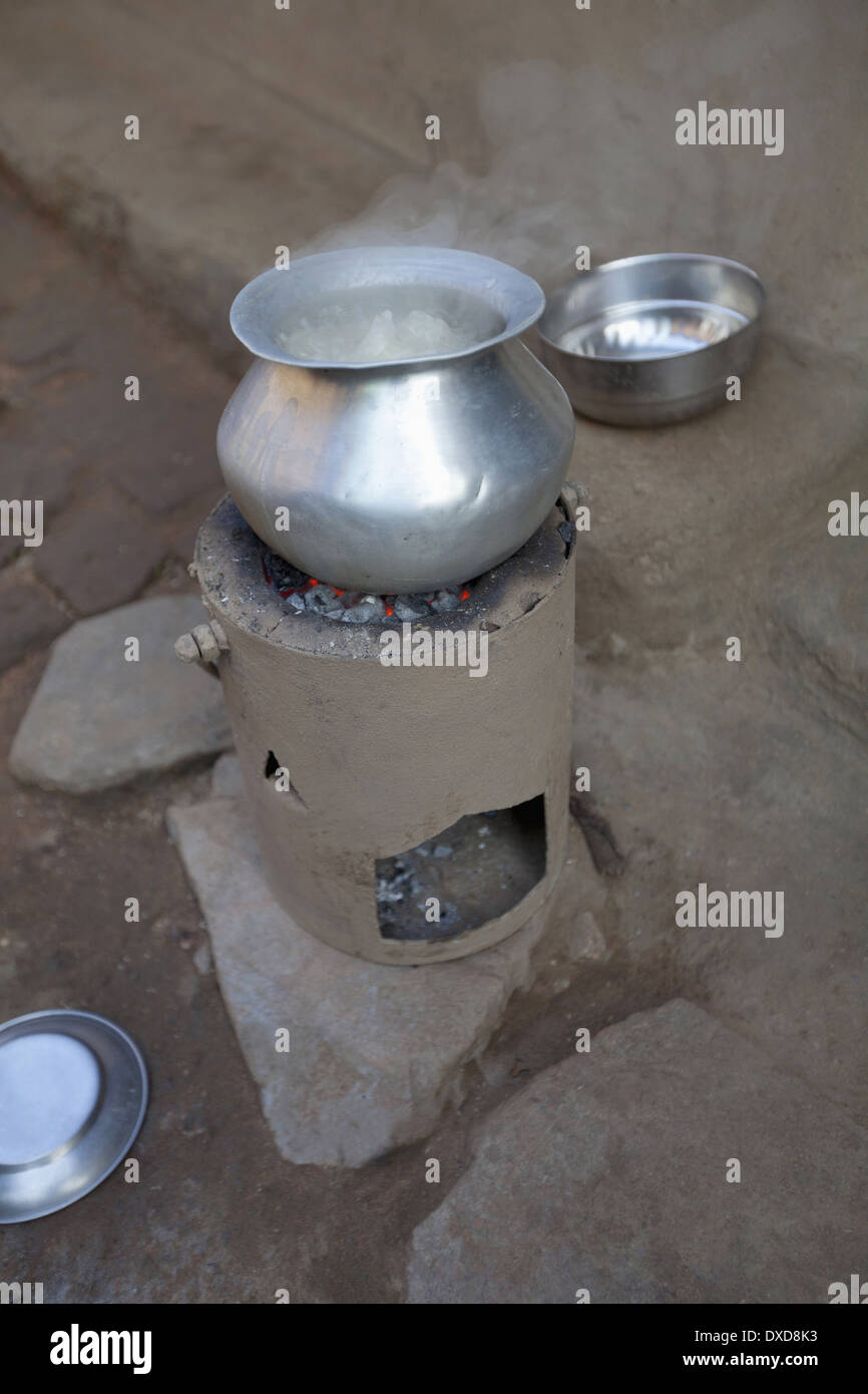 Typical tribal hearth, Jarkatand village, Bokaro district, Jharkhand - Stock Image