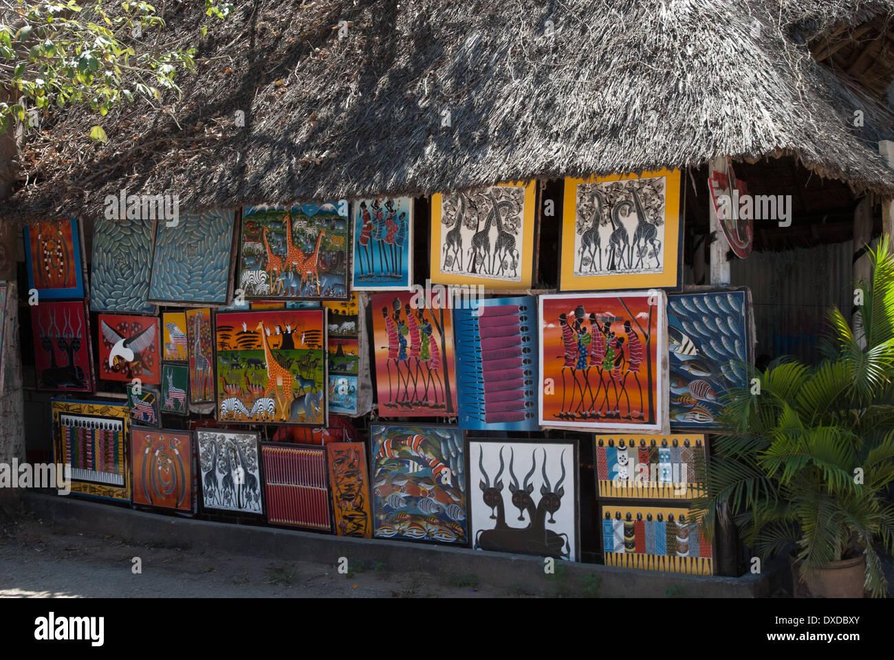 african paintinge on an art market - Stock Image